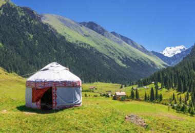 Voyage au Kirghizistan : Montagnes & balnéaire, voyage Asie et Océanie